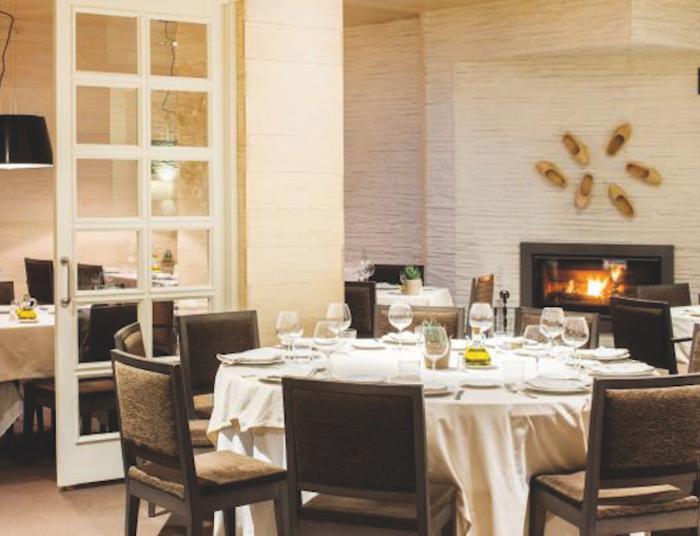 Restaurante los arcos mesa redonda centro jpg